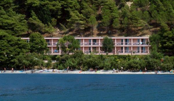 1 Hotel Brzet Omis