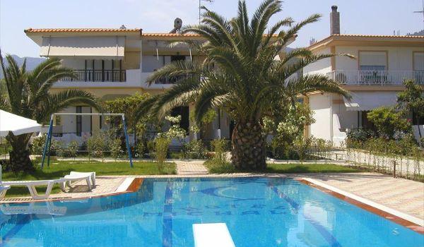 3 Residence Michalis Chalkidiki